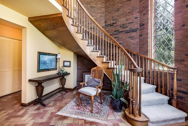 4717 Sleeping Indian Rd, Fallbrook, CA 92028 (#302676704) :: SD Luxe Group