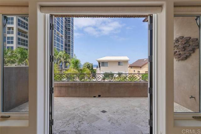 947 Coast Blvd S, La Jolla, CA 92037 (#302677141) :: Yarbrough Group