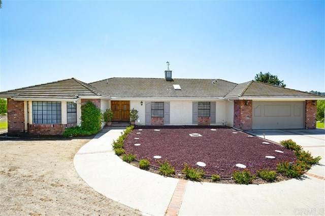 9875 Rocky Ridge, Escondido, CA 92026 (#302677179) :: SD Luxe Group
