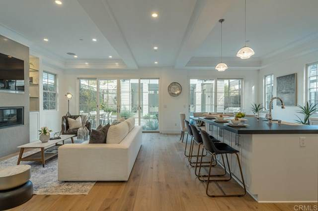 5543 Waverly Ave, La Jolla, CA 92037 (#302677207) :: SD Luxe Group