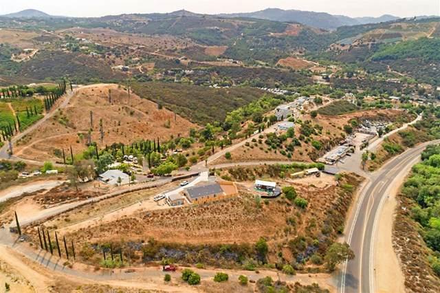 31454 Palos Verdes Drive, Escondido, CA 92026 (#302677614) :: SD Luxe Group
