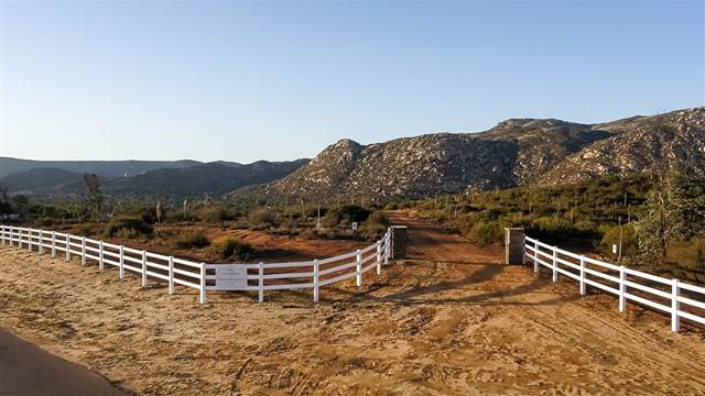 0 Palomino Rancho Barona Rd, Ramona, CA 92065 (#302678516) :: Cay, Carly & Patrick | Keller Williams