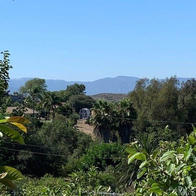 Sleeping Indian Road, Fallbrook, CA 92028 (#302678607) :: SD Luxe Group