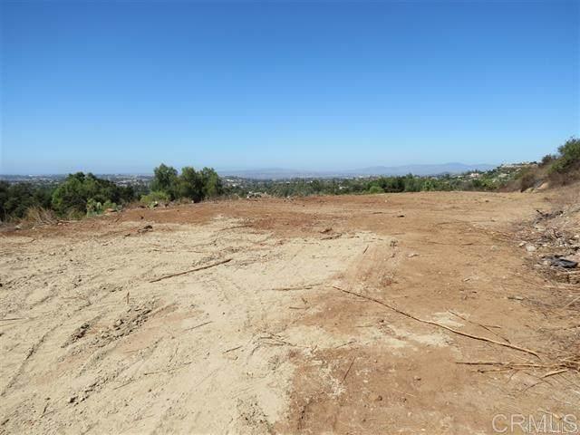 Edgehill Rd, Vista, CA 92084 (#302678699) :: Tony J. Molina Real Estate