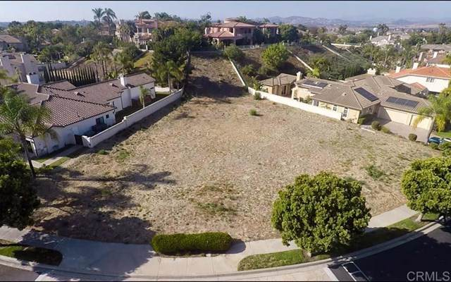 408 Milagrosa Cir., Chula Vista, CA 91910 (#302678866) :: The Miller Group