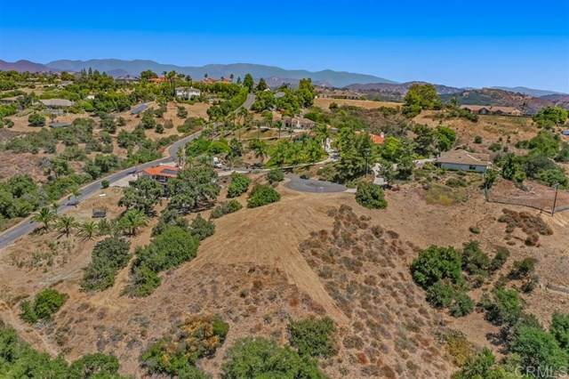 0 Calle Dos Lomas, Fallbrook, CA 92028 (#302678958) :: PURE Real Estate Group