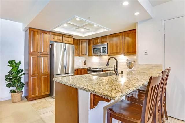 152 S Cross Creek Road E, Orange, CA 92869 (#302874608) :: Dannecker & Associates
