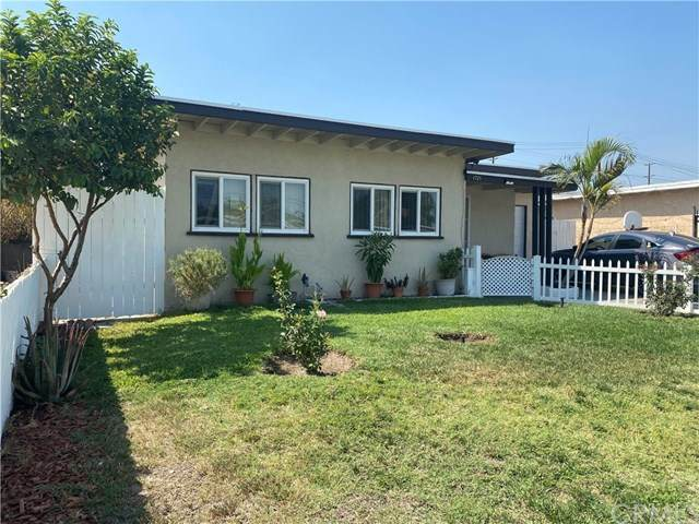 1721 Rialto Avenue, Colton, CA 92324 (#302874779) :: COMPASS