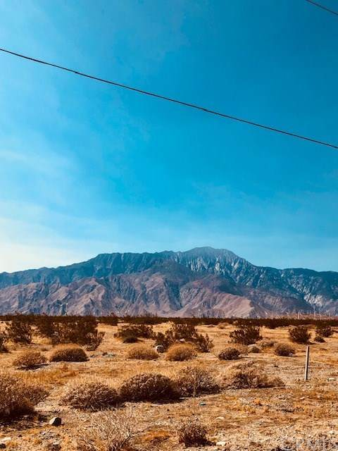 0 Navajo, Desert Hot Springs, CA 92240 (#302876119) :: Solis Team Real Estate