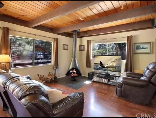 566 Santa Barbara Avenue, Sugar Loaf, CA 92386 (#302876808) :: Dannecker & Associates