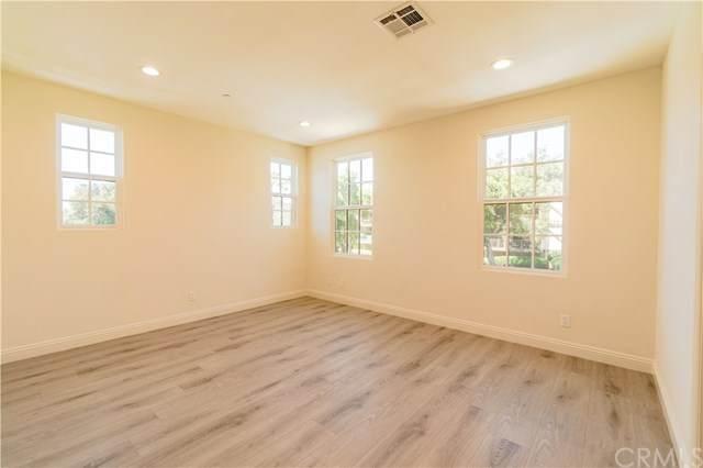 118 N Allen Avenue #3, Pasadena, CA 91106 (#302876843) :: Dannecker & Associates