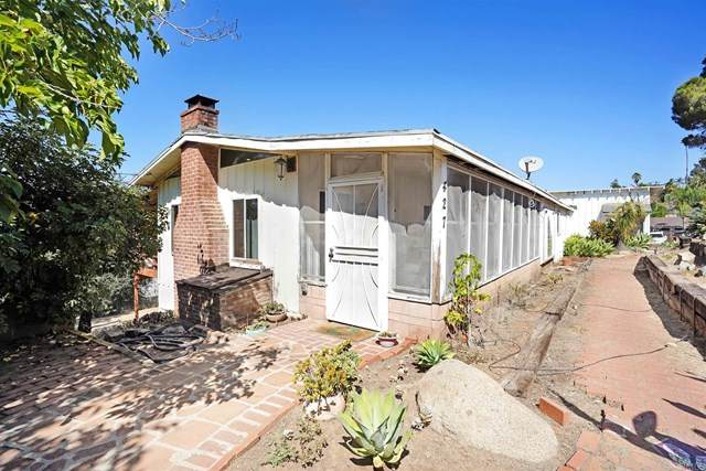 427 Plumosa Avenue, Vista, CA 92083 (#302881629) :: PURE Real Estate Group