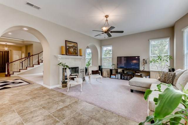 13283 Evening Sky Ct., Carmel Valley, CA 92130 (#302913767) :: SD Luxe Group