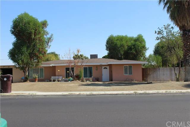 32370 Whispering Palms, Cathedral City, CA 92234 (#302941693) :: Compass