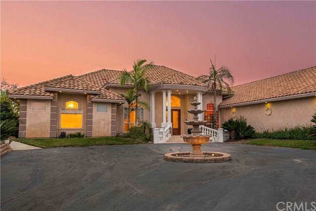 4333 Vista Del Pacifico, Fallbrook, CA 92028 (#302943577) :: Compass