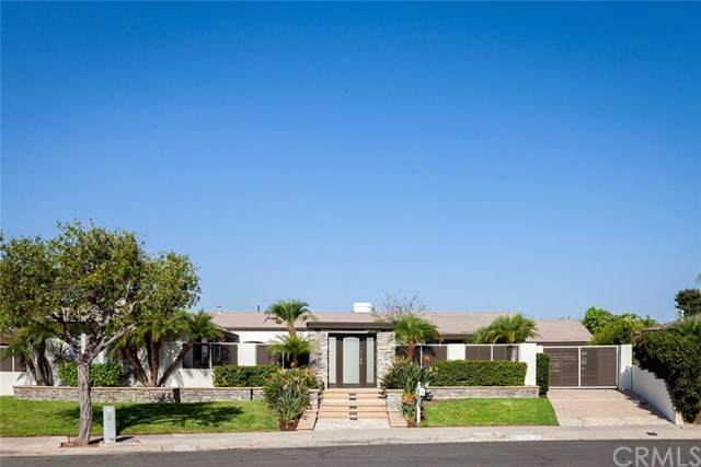 1246 Somerset Lane, Newport Beach, CA 92660 (#302944096) :: Tony J. Molina Real Estate