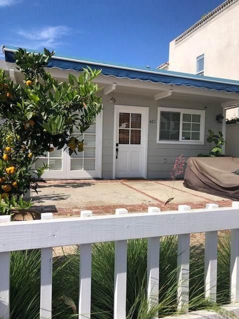 421 Marigold, Corona Del Mar, CA 92625 (#302948465) :: Team Sage