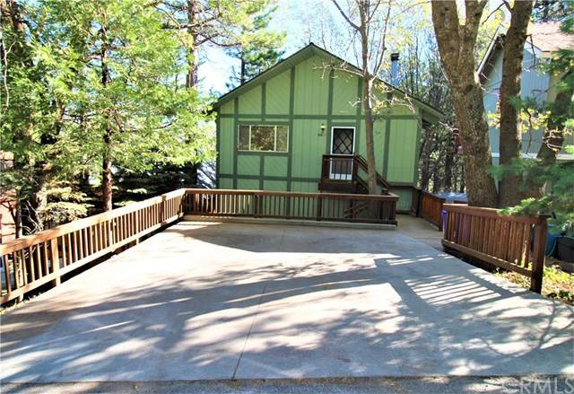 1185 Scenic Way, Rimforest, CA 92378 (#302951276) :: Wannebo Real Estate Group