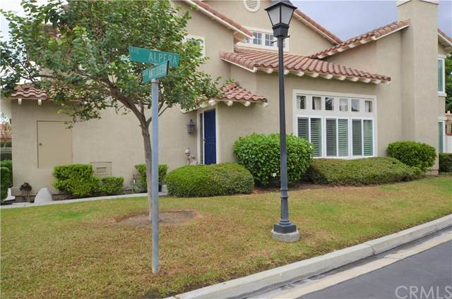 13376 Calle Antequera, Tustin, CA 92782 (#302952658) :: SD Luxe Group