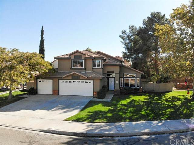 13025 San Miguel Street, Victorville, CA 92392 (#302953988) :: Yarbrough Group