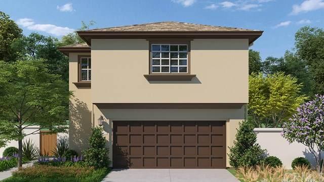 276 Camelia Way, Vista, CA 92083 (#302954096) :: Solis Team Real Estate