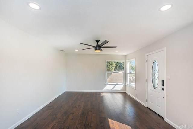 944 E 2nd Ave, Escondido, CA 92025 (#302955731) :: The Legacy Real Estate Team