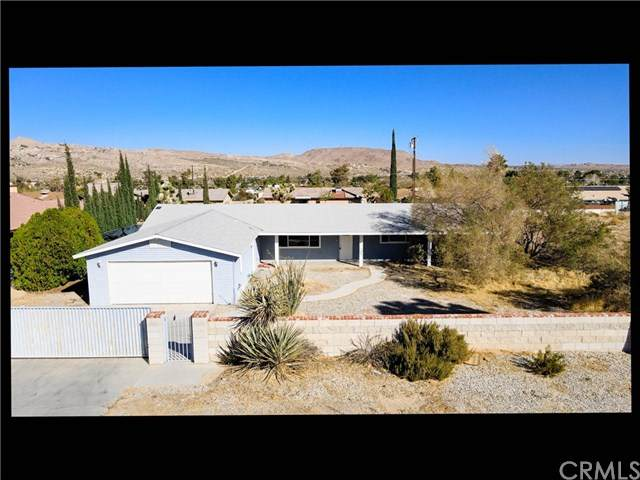 58270 Yucca, Yucca Valley, CA 92284 (#302955853) :: COMPASS
