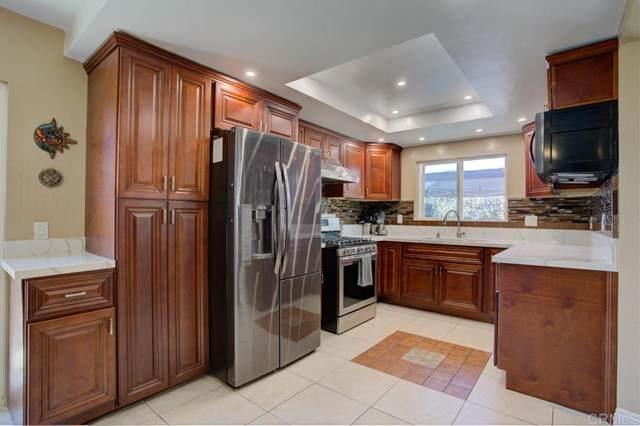 910 Terrace Avenue, Escondido, CA 92026 (#302956139) :: The Legacy Real Estate Team