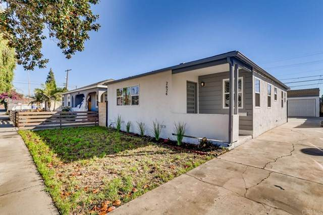 2624 S Spaulding Avenue, Los Angeles, CA 90016 (#302956843) :: Compass
