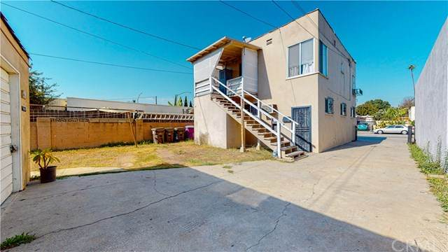 318 E Market Street, Long Beach, CA 90805 (#PW20233153) :: Wannebo Real Estate Group