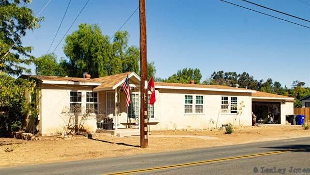 447 F Street, Ramona, CA 92065 (#302961487) :: SD Luxe Group