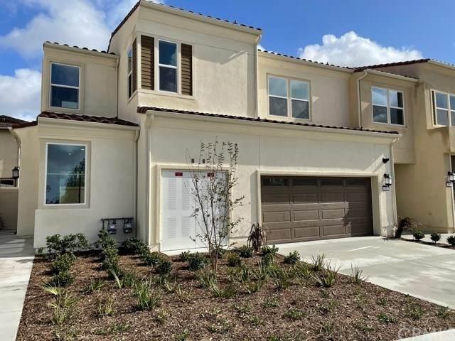 162 Denali, Lake Forest, CA 92530 (#302961571) :: Tony J. Molina Real Estate