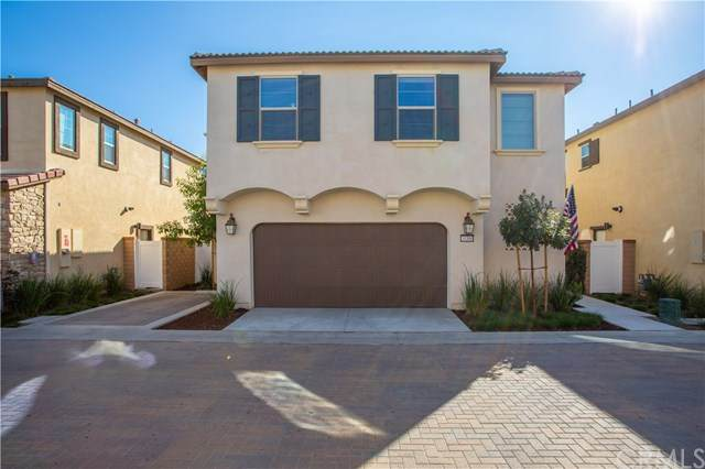 30360 Village Knoll Drive, Menifee, CA 92584 (#302964654) :: SD Luxe Group