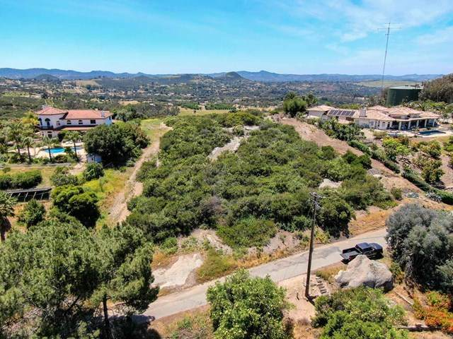 Rim Of The Vly, Valley Center, CA 92082 (#302964844) :: Solis Team Real Estate
