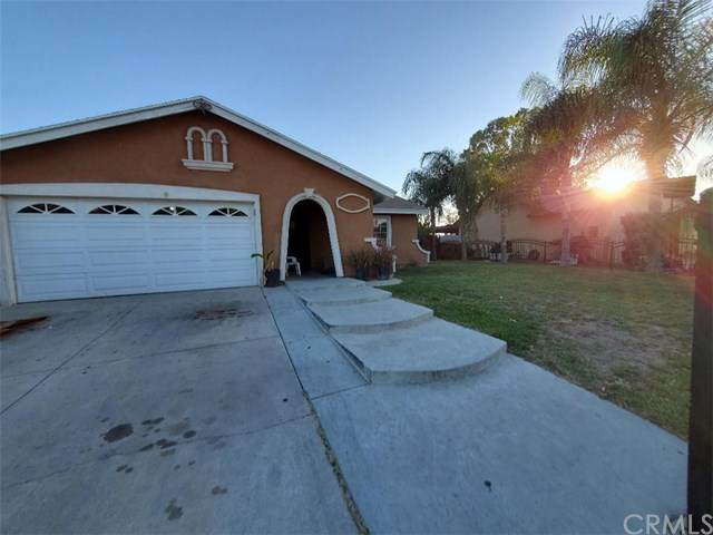 24423 Brodiaea Avenue, Moreno Valley, CA 92553 (#302966461) :: COMPASS
