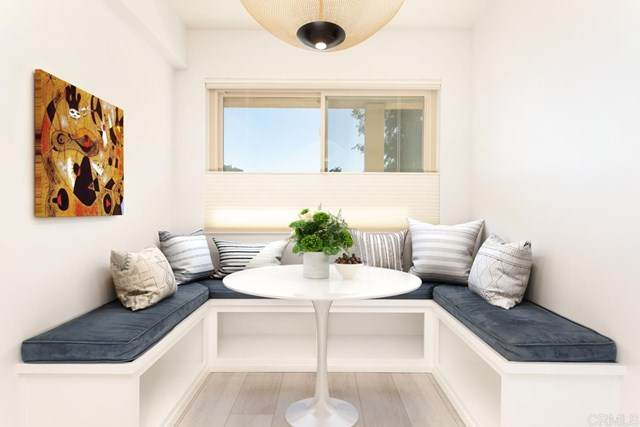 135 S Sierra Avenue #25, Solana Beach, CA 92075 (#302966626) :: SD Luxe Group
