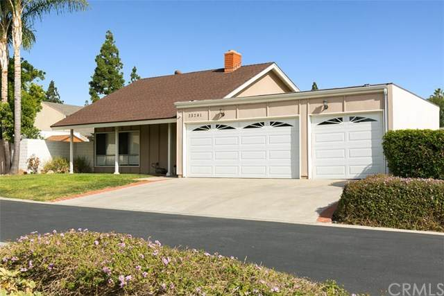 23281 Buckland Lane, Lake Forest, CA 92630 (#302969727) :: COMPASS