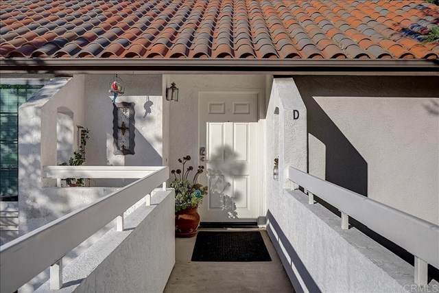 16458 Avenida Venusto D, San Diego, CA 92128 (#302969914) :: SD Luxe Group