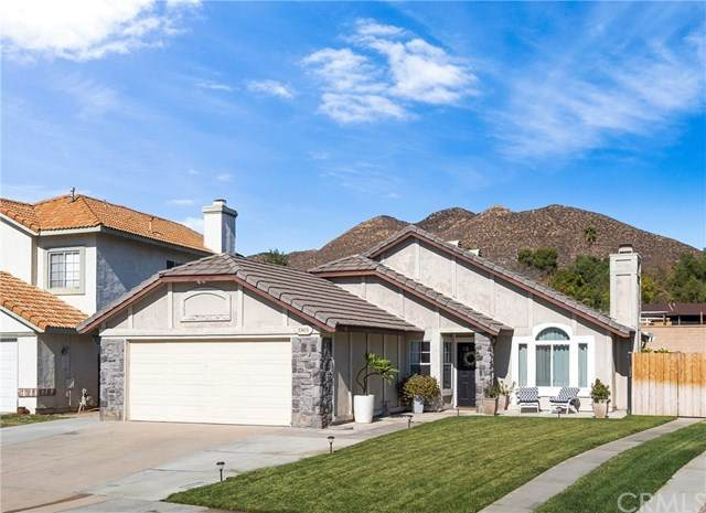 33415 View Crest Drive, Wildomar, CA 92595 (#302970048) :: Farland Realty
