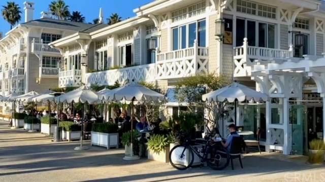 1705 Ocean Avenue #107, Santa Monica, CA 90401 (#302971050) :: SD Luxe Group