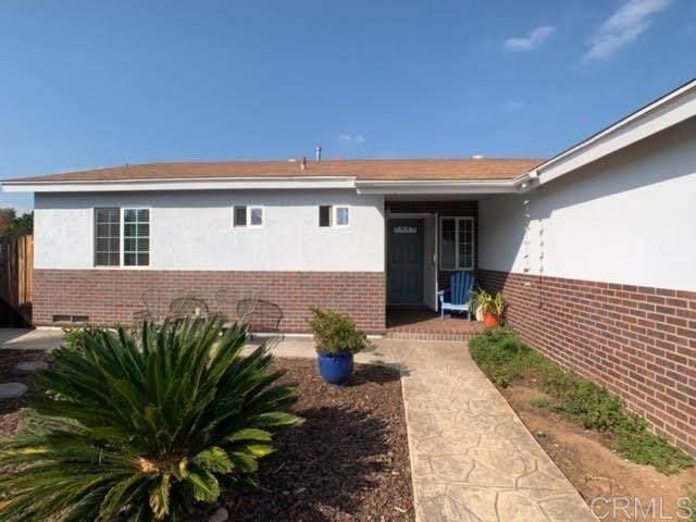 636 Bighorn Court, El Cajon, CA 92019 (#302971441) :: Tony J. Molina Real Estate