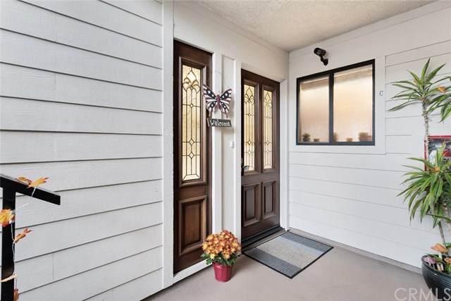 3110 Via Serena C, Laguna Woods, CA 92637 (#302971598) :: Wannebo Real Estate Group