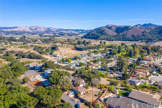 560 Oak Hill Road, Arroyo Grande, CA 93420 (#302971659) :: Solis Team Real Estate