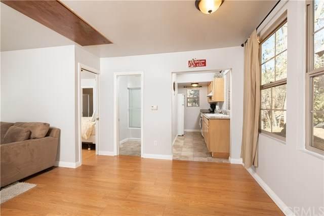 1080 Villa Grove Avenue, Big Bear, CA 92314 (#302972150) :: Solis Team Real Estate