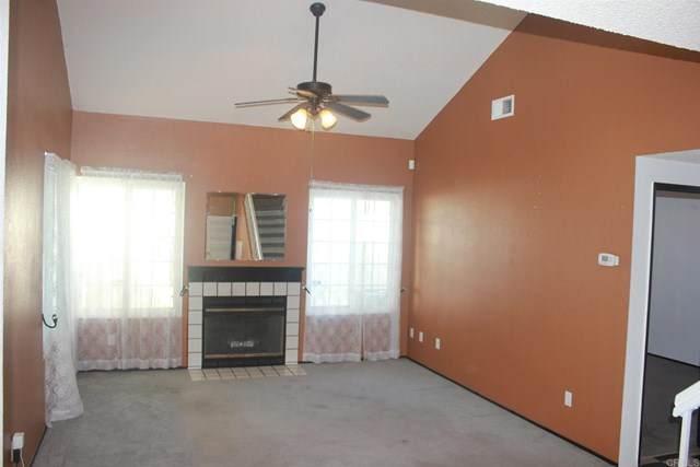 352 Riverview Way, Oceanside, CA 92057 (#302972640) :: COMPASS