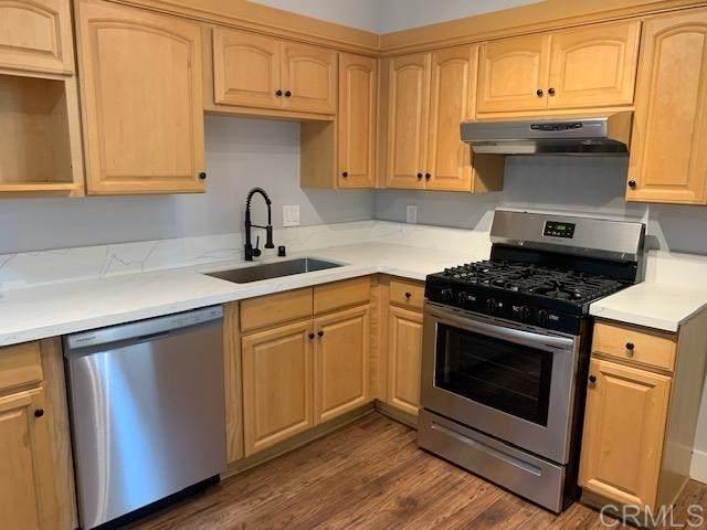 4875 Cole St, San Diego, CA 92117 (#302972938) :: Tony J. Molina Real Estate