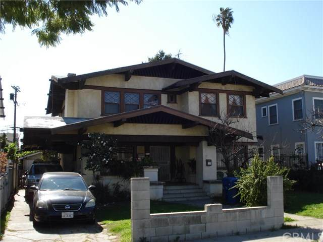 4016 Ingraham Street, Los Angeles, CA 90005 (#302974883) :: Dannecker & Associates