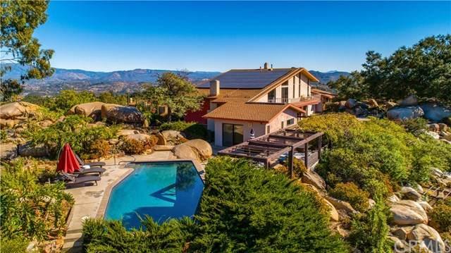 28403 Meadow Mesa Lane, Escondido, CA 92026 (#302974905) :: SD Luxe Group