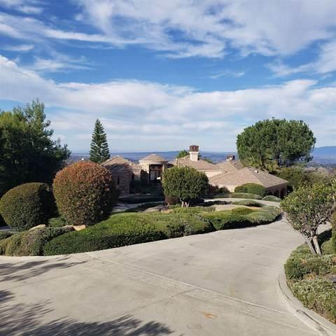 29436 Meadow Glen Way, Escondido, CA 92026 (#302976513) :: Tony J. Molina Real Estate