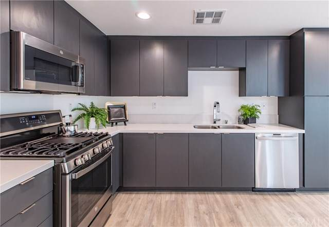 2929 N Denby Ave 1/4, Los Angeles, CA 90039 (#302979019) :: Compass